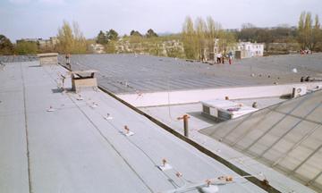 ImaHydroizolace střechy na letišti v Praze Ruzyni