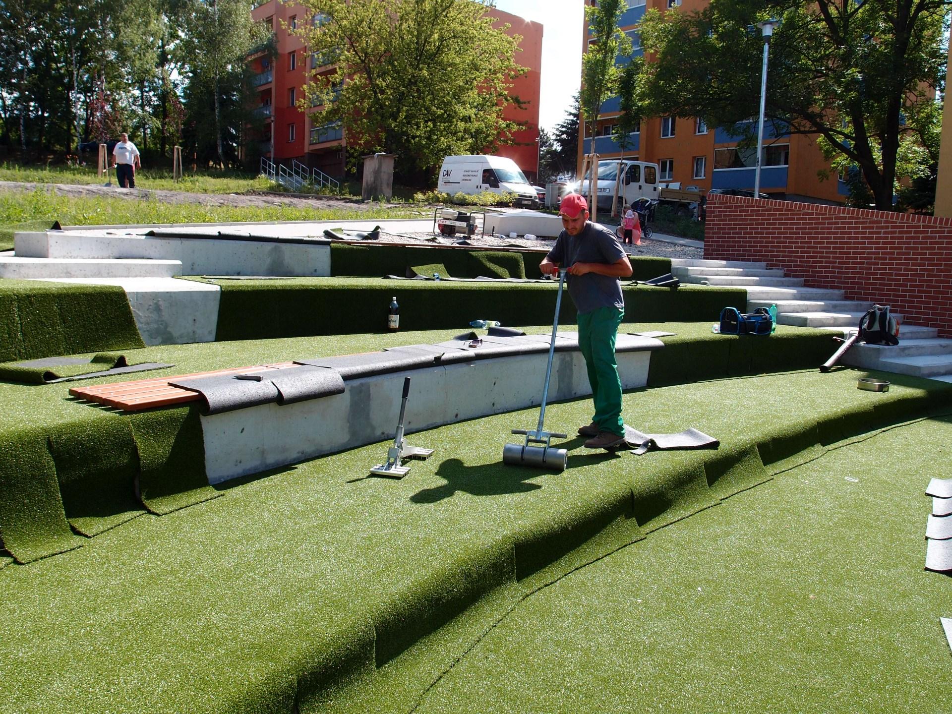 Umělé travníky, umělý travní koberec