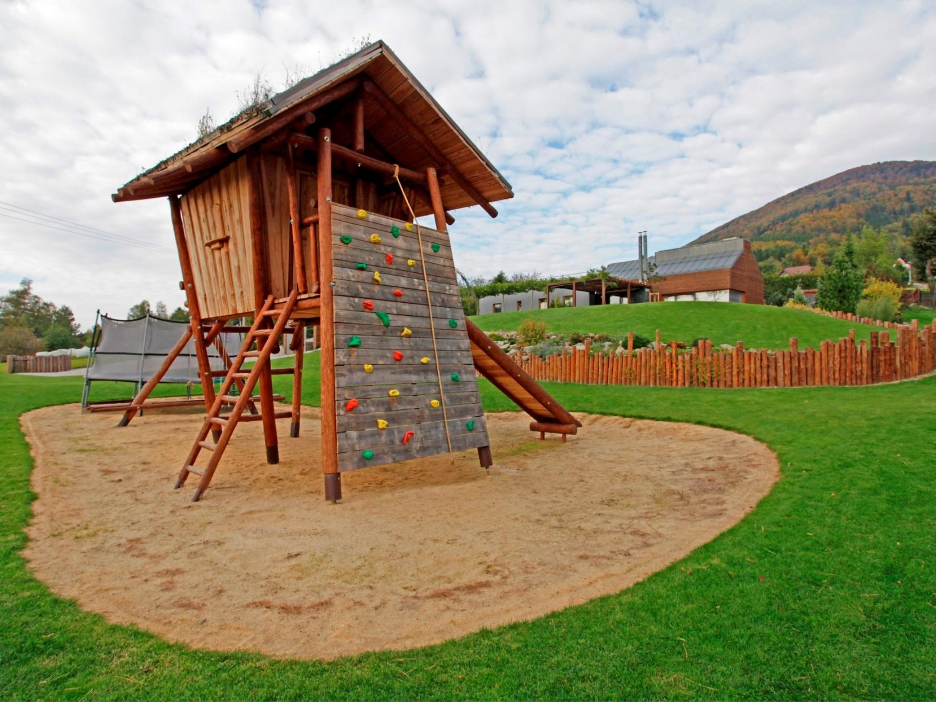 Dětská hřiště, Jungle Gym, prolézačky, klouzačky
