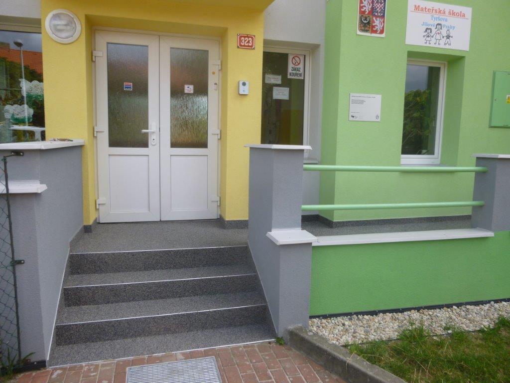 Schody školka Jílové u Prahy