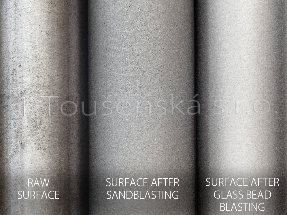 glass bead blasting the samples of raw, sandblasted and bead blasted surface