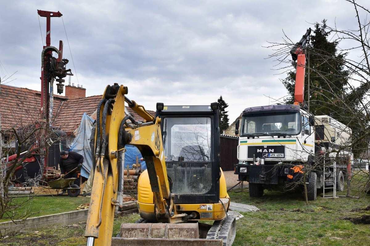 Průzkumné vrty vrtané studny TRIALSTAV Plzeň