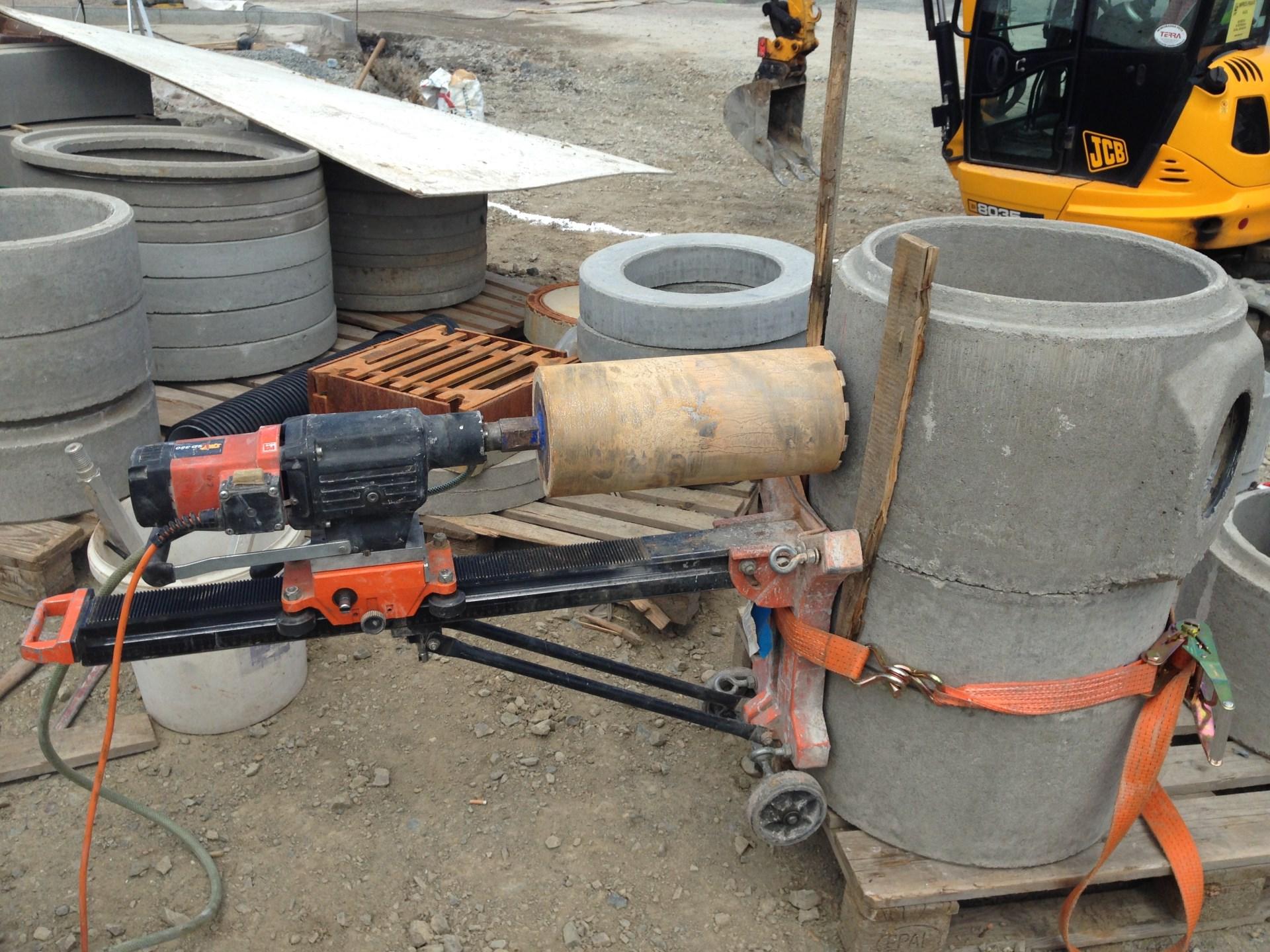 Vrtání do kanalizačního potrubí
