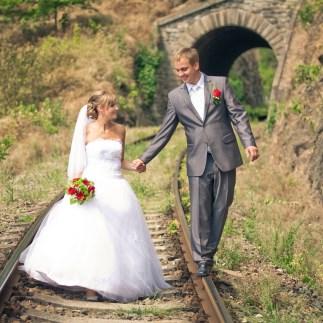 ženich a nevěsta