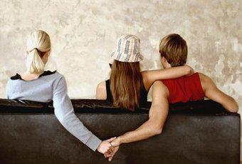většina žen své zaječí úmysly shrnula do tvrzení, že doma vládne nepochopení a citové odcizení.