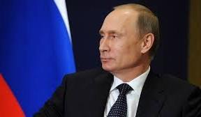 """Nelze dopustit, aby v Rusku vznikla situace s nezákonnou migrací, podobná té, která je nyní v Evropské unii, řekl prezident RF Vladimir Putin. """"Velkou pozornost si zaslouží situace s nezákonnou migrací. To je komplexní úkol a vyřešit ho v rámci svých pravomocí musí všechny státní orgány"""", řekl Putin během vystoupení na zasedání MV."""