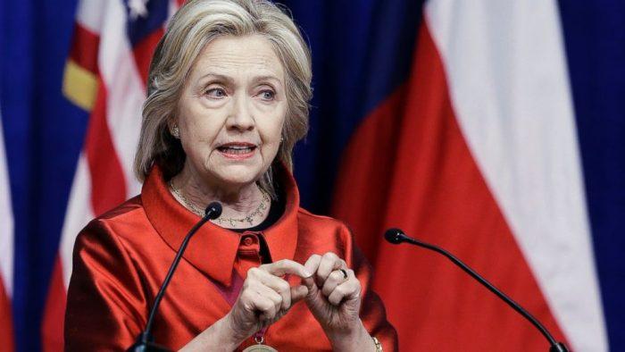 Nebezpečná Hillary Clintonová se těší na válčení s Ruskem, až bude prezidentkou. Tedy, jestli bude!