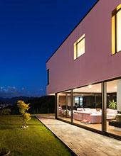 osvetlený dom