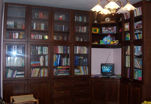 knihovna na míru