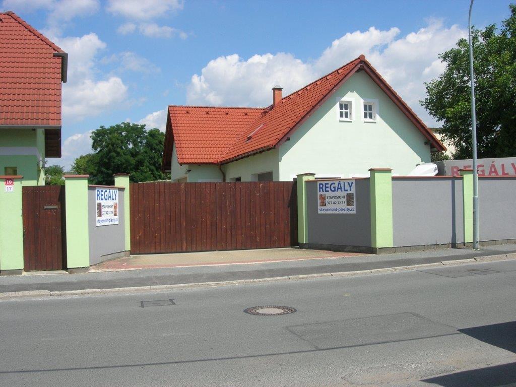 APS stavomont Plzeň Regály