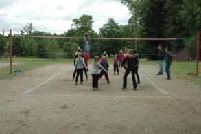 hraní volejbalu
