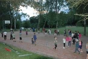Vybíjená na basketbalovém hřišti