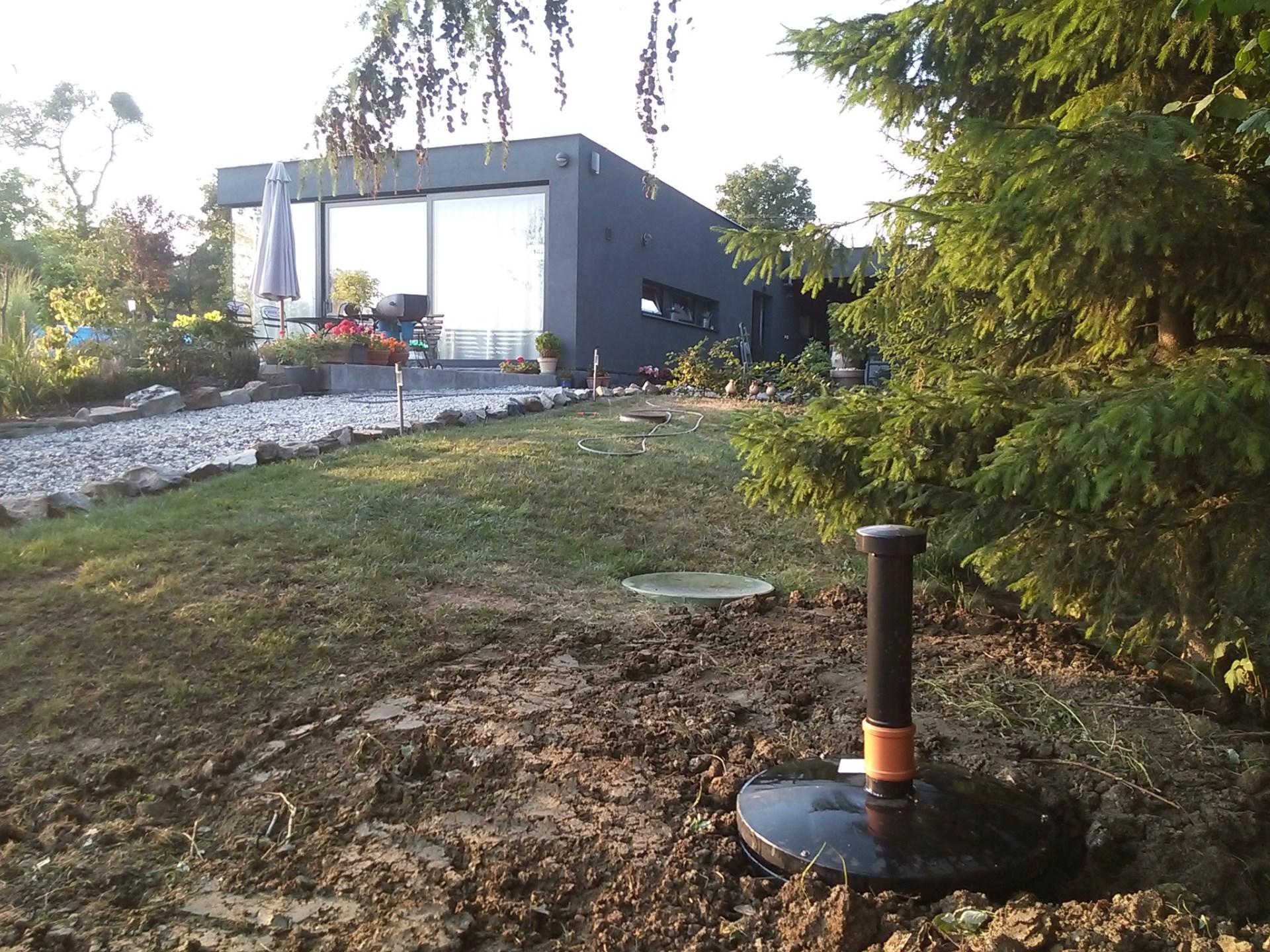 Dokončené stavební práce na realizaci domovní čistírny odpadních vod STMH