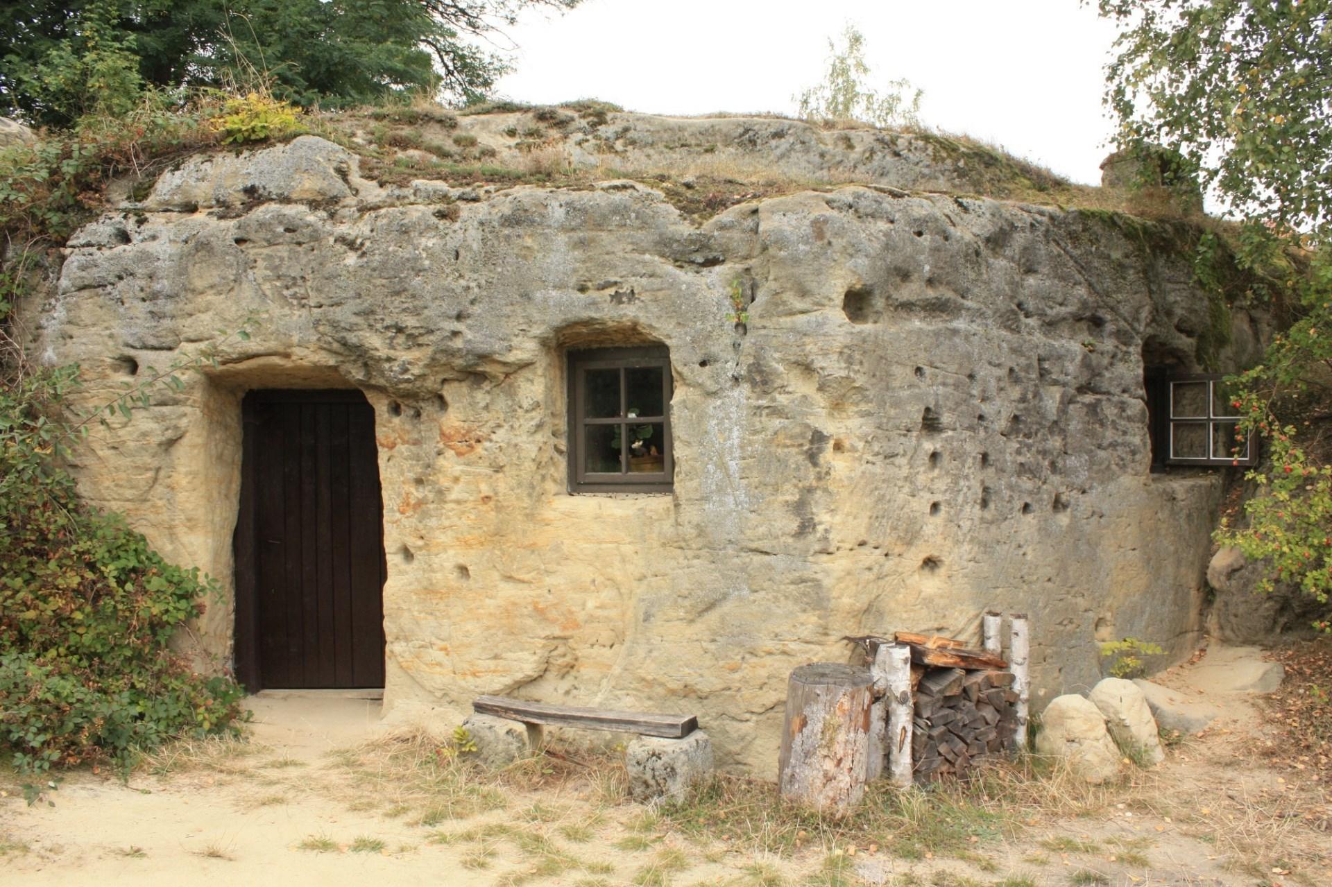 skalní obydlí