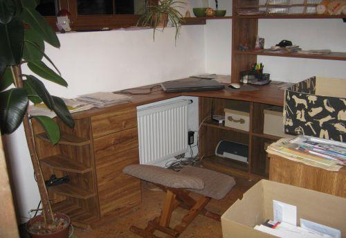 nábytek do pracovny