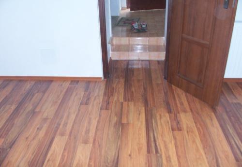 pokládka dřevěných podlah