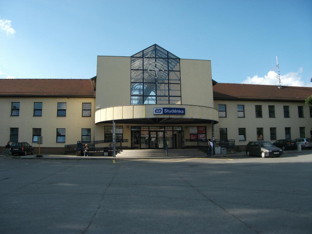 Stěhovací firma Studénka