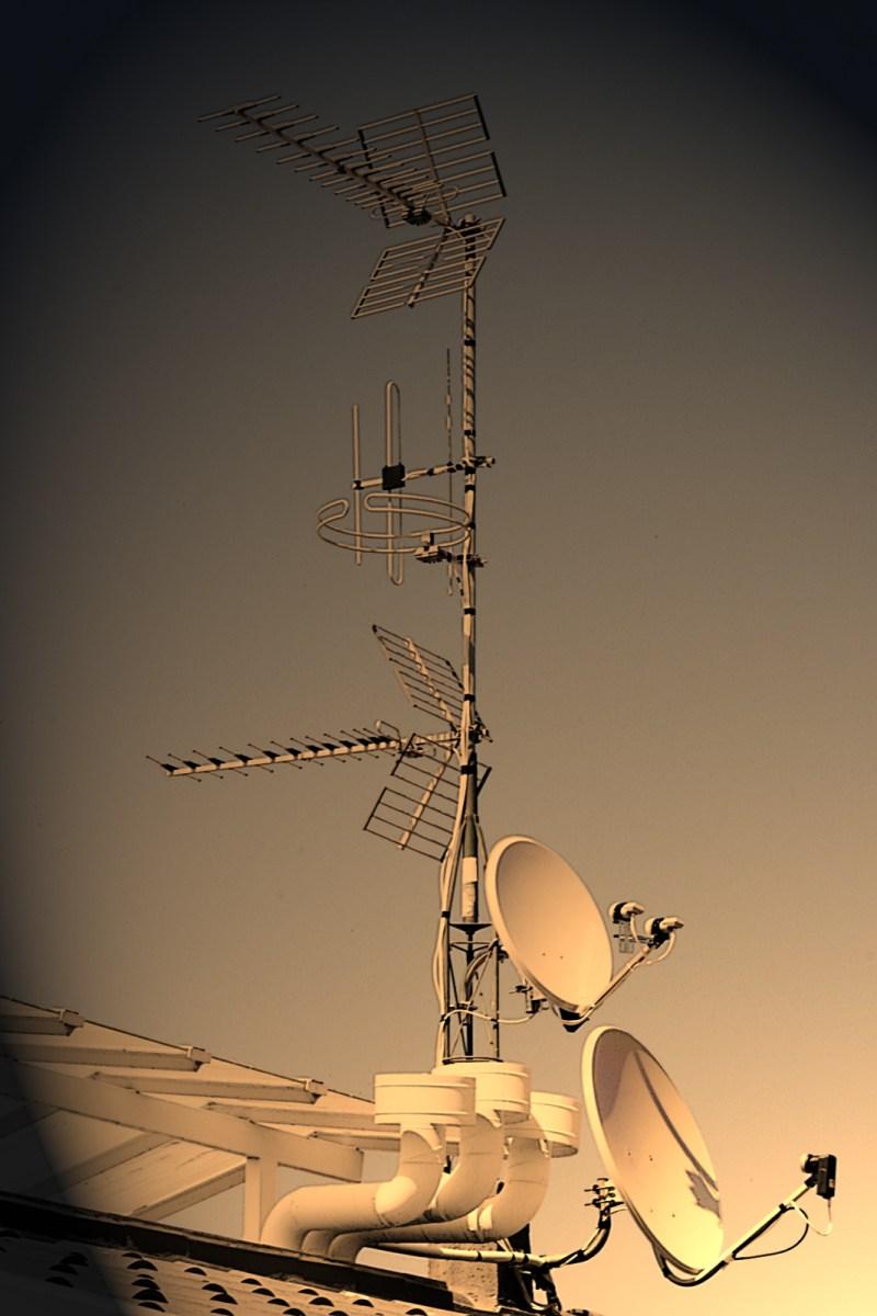Antény a satelity